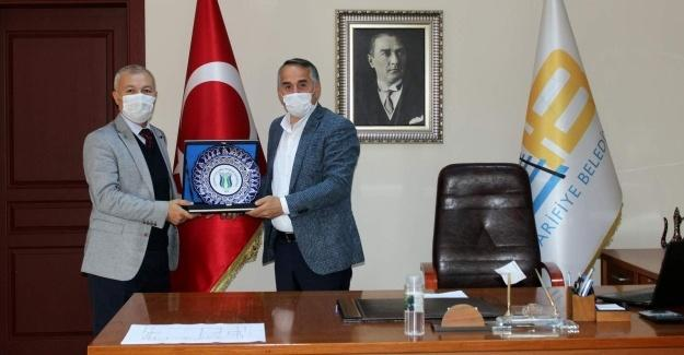 Ziraat Fakültesi Dekanı'ndan Başkan Karakullukçu'ya ziyaret