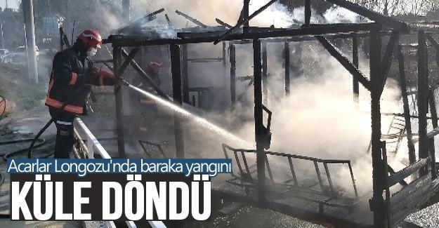 Baraka yangını kül etti