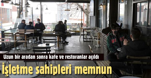 Uzun bir aradan sonra kafe ve restoranlar açıldı