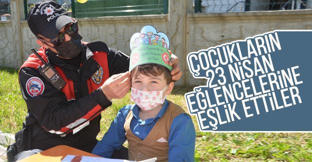 23 Nisan kutlayan öğrencilere polislerden sürpriz