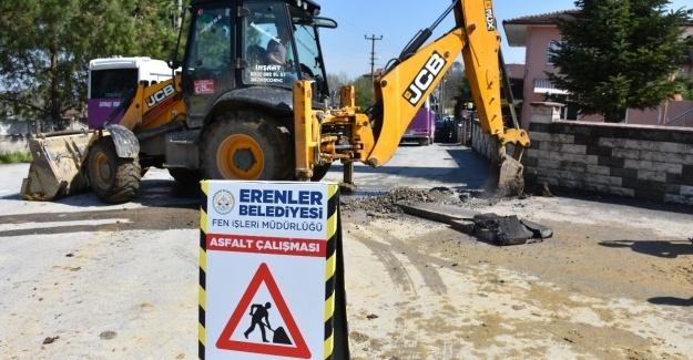 Erenler'de doğalgaz çalışmaları devam ediyor