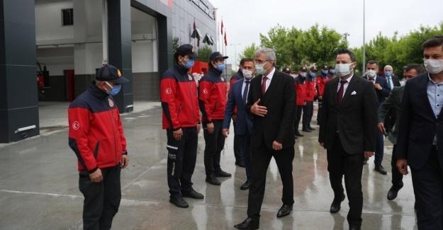 Başkan Yüce'den tamamlanan hizmet binasına ziyaret