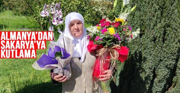 Binlerce kilometre Anneler Günü'ne engel olamadı