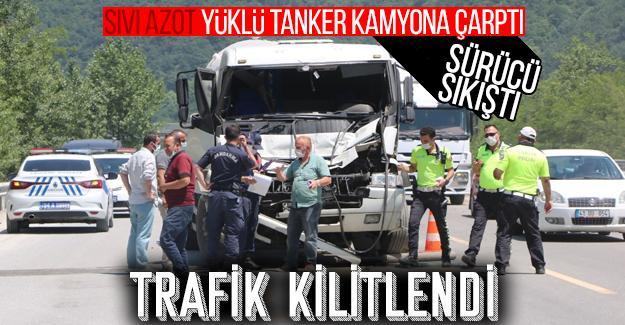Sıvı azot yüklü tanker kamyona çarptı