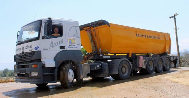 Arifiye Belediyesine yeni araç