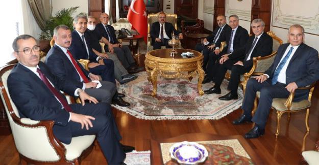 Başkan Yüce istişare toplantısına katıldı