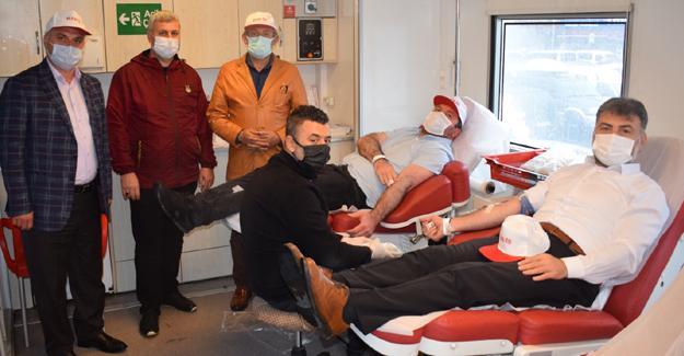 Hak-İş'ten kan bağışı etkinliği