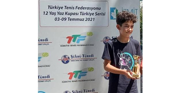 Ahmet Egemen'den şampiyonluk sevinci