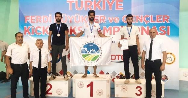 Büyükşehirli sporcu Türk bayrağını dalgalandıracak