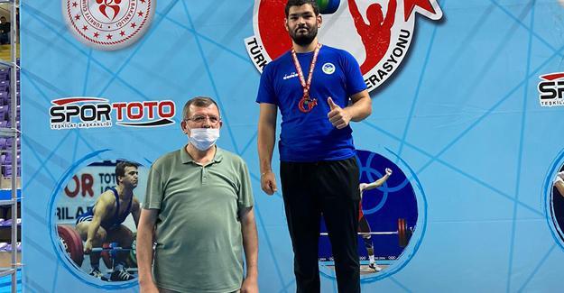 Halter şampiyonu Büyükşehir'den