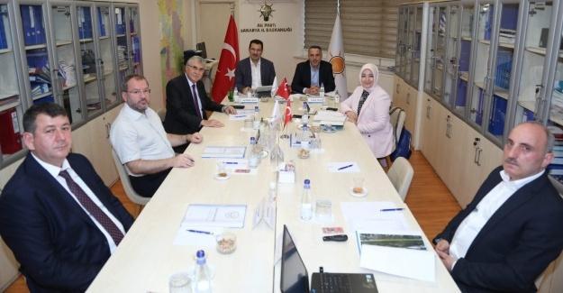 AK Parti'de değerlendirme toplantıları sürüyor