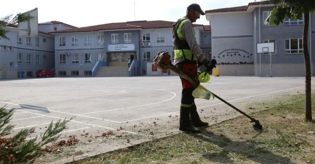 Serdivan'da okullar yeni döneme hazırlanıyor