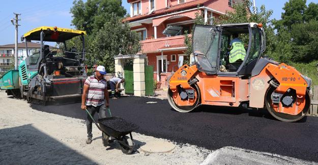 Yazlık sokakları yenileniyor