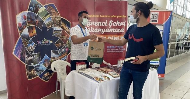 Büyükşehir, üniversite öğrencilerini karşıladı