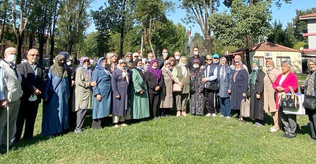 Büyükşehir YADEM 'Yaşlılar Gününü' kutladı