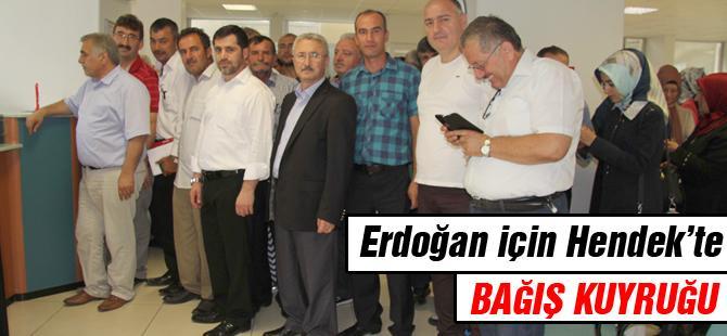 Erdoğan için bağış kuyruğu