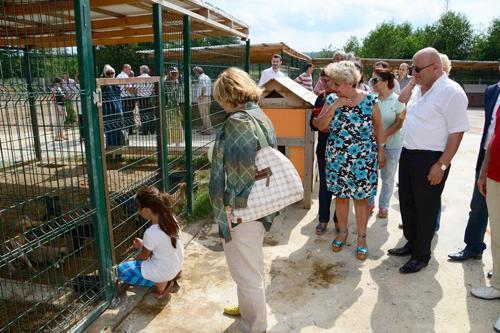 Karasu hayvan barınağı açıldı