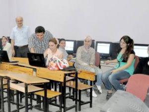 Bilgisayar kurslarına ilgi büyük