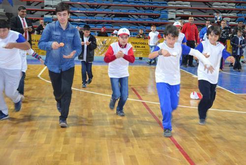 Geleneksel Çocuk Oyunları Şenliği yapıldı