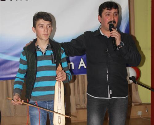Akyazı'da halk konserine büyük ilgi