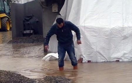 Karlar eriyince birçok yeri su bastı