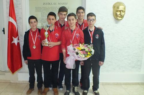 Badminton Turnuvasında Şafak Koleji il birincisi oldu