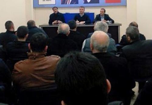 Serdivan'da mahalle başkanları toplandı