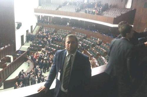 Abdullah Mert Ankara yollarını aşındırıyor