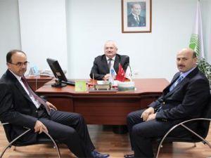 Akyazı'ya dört yıllık fakülte için toplantı yapıldı