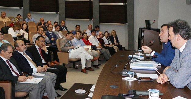 6 ilin hastane yönetimleri Sakarya'da buluştu