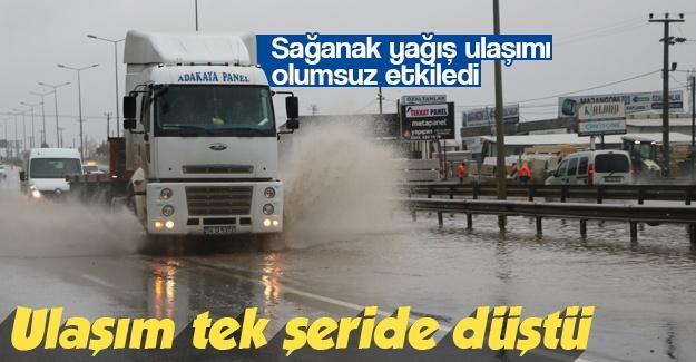Yağış ulaşımı olumsuz etkiledi