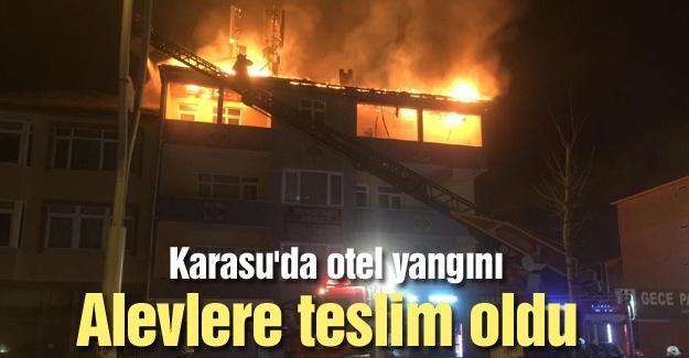 Karasu'da otel yangını