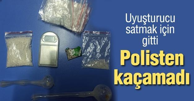 Uyuşturucu satmak için gitti! Polisten kaçamadı