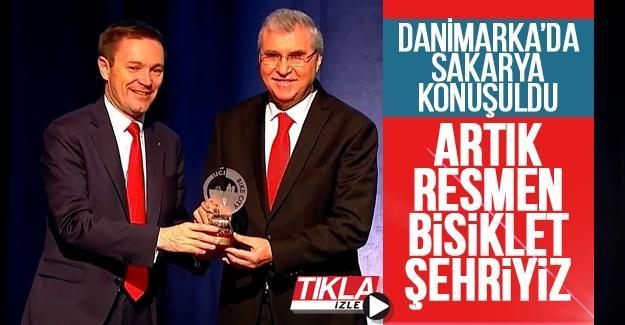 Başkan Yüce Danimarka'da 'Bisiklet Kenti' unvanını aldı