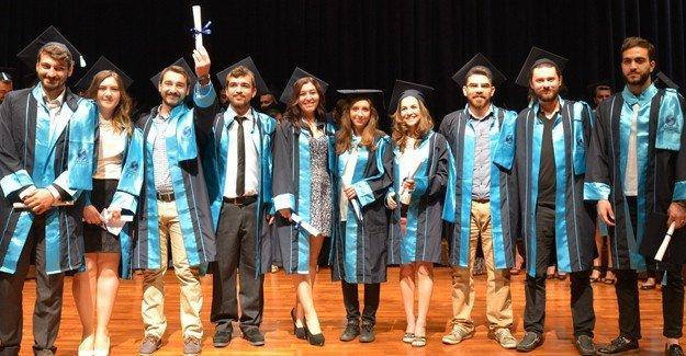 SAÜ Konservatuar öğrencileri mezun oldu