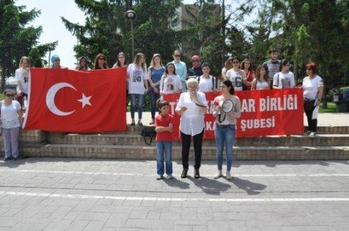 Türk Kadınlar Birliği kadına şiddeti protesto etti