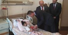 Milletvekili Dikbayır'dan çocuklara anlamlı ziyaret