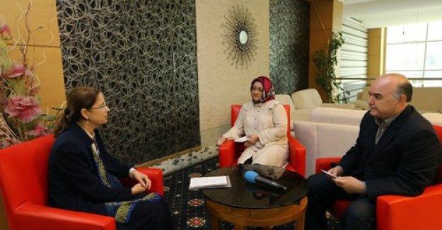 Bakan Ayşenur İslam seçim çalışmalarını Medyadetay'a değerlendirdi